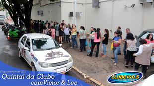 Foto Quintal da Clube com Victor & Leo 80