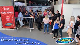 Foto Quintal da Clube com Victor & Leo 81
