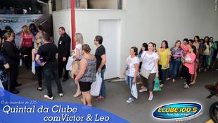 Foto Quintal da Clube com Victor & Leo 82