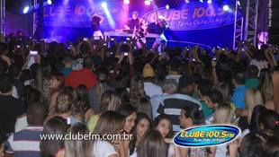 Foto Henrique & Juliano no #QuintalDaClube 190