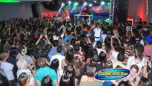Foto Quintal da Clube com Anitta 51
