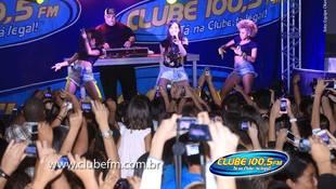 Foto Quintal da Clube com Anitta 54