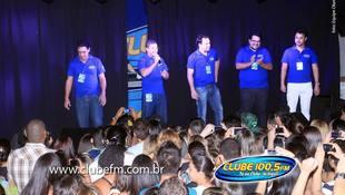 Foto Henrique & Juliano no #QuintalDaClube 205