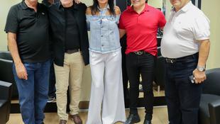 Foto Quintal da Clube com Gian e Giovani 32