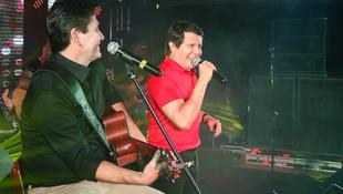 Foto Quintal da Clube com Gian e Giovani 144
