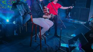 Foto Quintal da Clube com Gian e Giovani 210