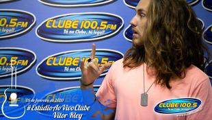 Foto Vitor Kley no Estúdio Ao Vivo Clube 10