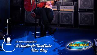 Foto Vitor Kley no Estúdio Ao Vivo Clube 16