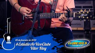 Foto Vitor Kley no Estúdio Ao Vivo Clube 20