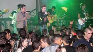 Foto Quarta Universitária do Cinema D com George Henrique e Rodrigo 7