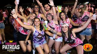 Foto Fotos da galera na #FestadasPatroasElétrico 57