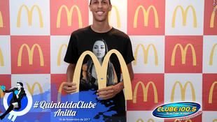Foto Quintal da Clube com Anitta 10