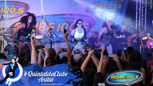 Foto Quintal da Clube com Anitta 87