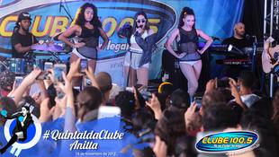 Foto Quintal da Clube com Anitta 137