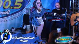 Foto Quintal da Clube com Anitta 145