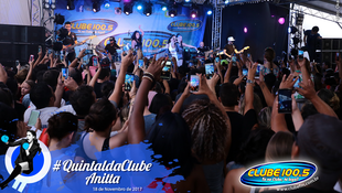 Foto Quintal da Clube com Anitta 155