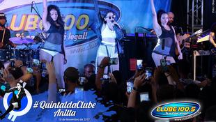 Foto Quintal da Clube com Anitta 164