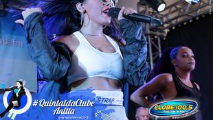 Foto Quintal da Clube com Anitta 174