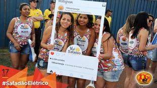 Foto Fotos da galera no #SafadãoElétrico 34