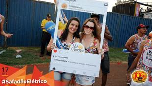 Foto Fotos da galera no #SafadãoElétrico 41