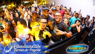 Foto Quintal da Clube com Turma do Pagode 87