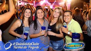 Foto Quintal da Clube com Turma do Pagode 98