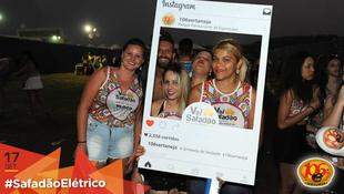 Foto Fotos da galera no #SafadãoElétrico 222