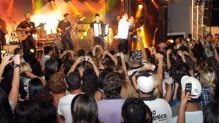 Foto Quintal da Clube com Leonardo 72