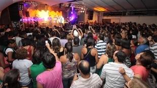 Foto Quintal da Clube com Leonardo 76