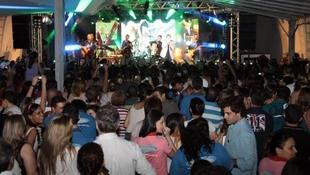Foto Quintal da Clube com Leonardo 90