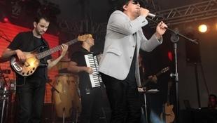 Foto Quintal da Clube com Leonardo 110