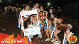 Foto Fotos da galera no #SafadãoElétrico 240