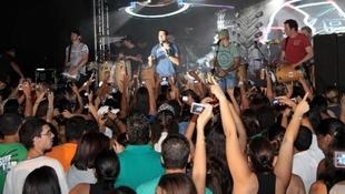 Foto Quintal da Clube com Inimigos da HP 8