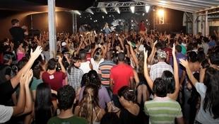 Foto Quintal da Clube com Inimigos da HP 18