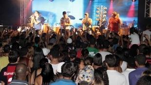 Foto Quintal da Clube com Inimigos da HP 34