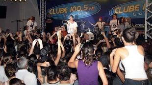 Foto Quintal da Clube com Nx Zero 22