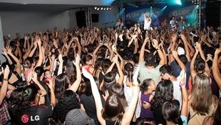 Foto Quintal da Clube com Nx Zero 25