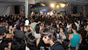 Foto Quintal da Clube com Nx Zero 28