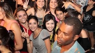 Foto Quintal da Clube com Nx Zero 45