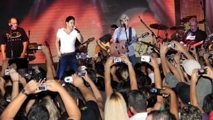 Foto Quintal da Clube com Zezé Di  Camargo & Luciano 7