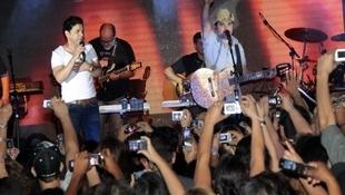 Foto Quintal da Clube com Zezé Di  Camargo & Luciano 10