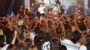 Foto Quintal da Clube com Zezé Di  Camargo & Luciano 20