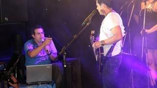 Foto Quintal da Clube com Zezé Di  Camargo & Luciano 40