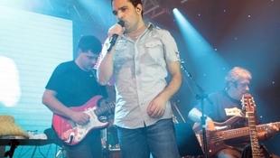 Foto Quintal da Clube com Zezé Di  Camargo & Luciano 43