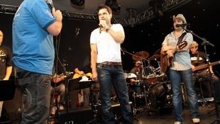 Foto Quintal da Clube com Zezé Di  Camargo & Luciano 72