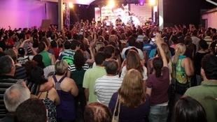 Foto Quintal da Clube com Zezé Di  Camargo & Luciano 82