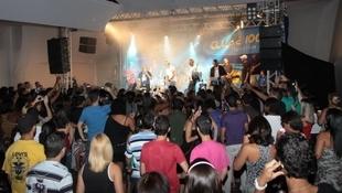 Foto Quintal da Clube com Art Popular 3