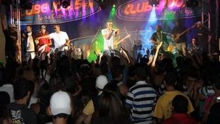 Foto Quintal da Clube com Art Popular 26