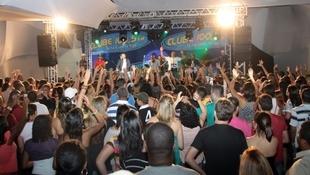 Foto Quintal da Clube com Art Popular 53