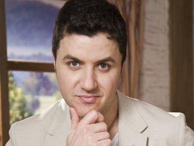 Estado de saúde de Maurício Manieri é estável e cantor segue internado na UTI